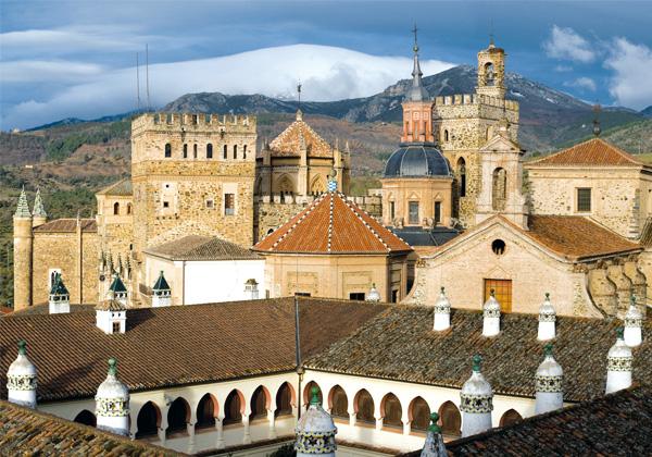 Viajes Semana Santa España  Extremadura 2017: Ruta de los Conquistadores