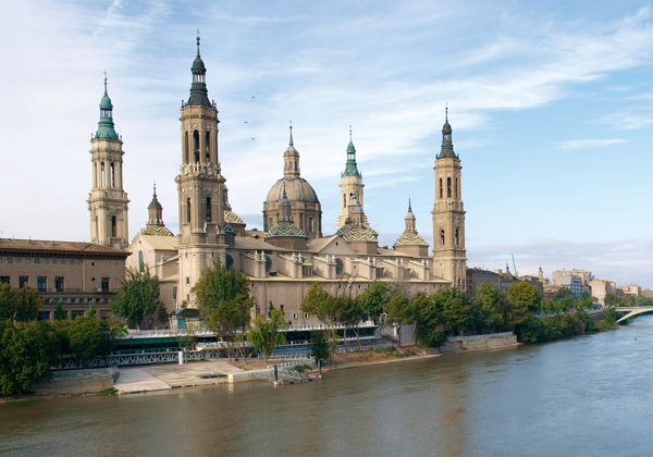 Basílica del Pilar. Río Ebro.